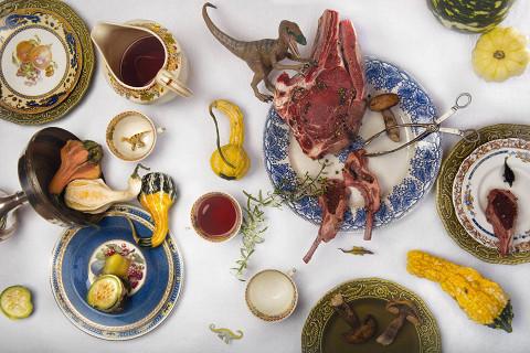 Обеденный набор на троих (14 предметов с разными осенними фруктами, цветами и паттерном Adam Antique)