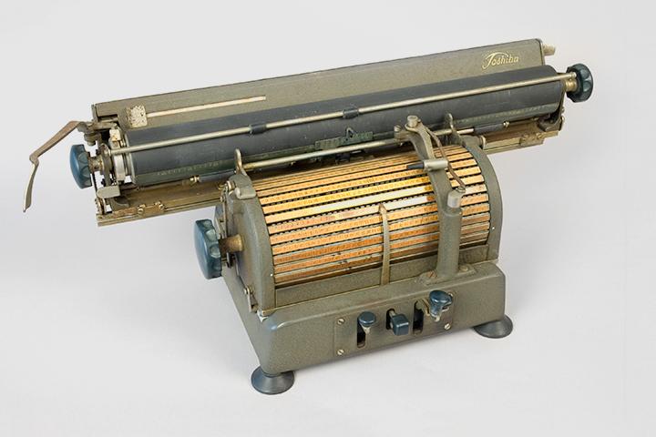 Японская машинка Toshiba (1940–1960 гг.)