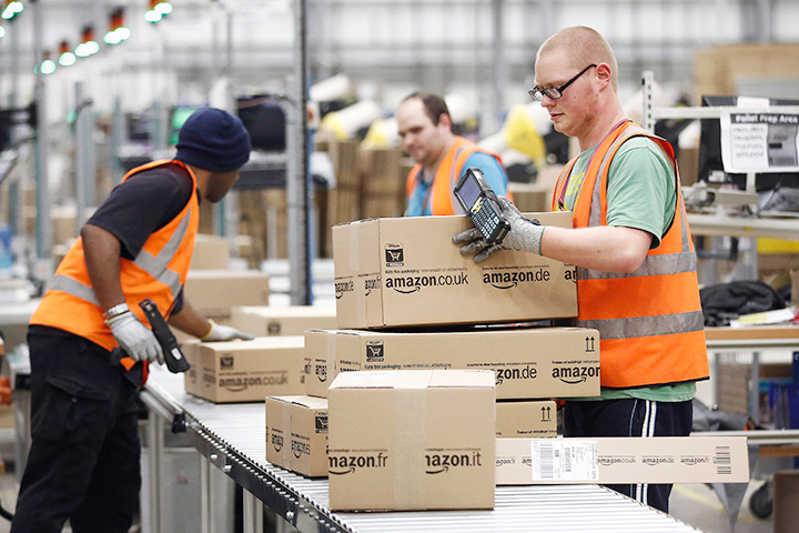 Зарплата людей, работающих на упаковочном конвейере, чаще всего становится причиной претензий к Amazon