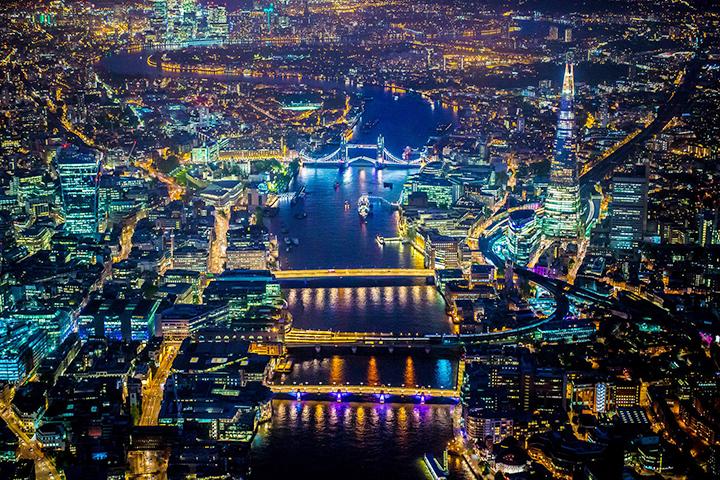 Лондонская иллюминация с воздуха