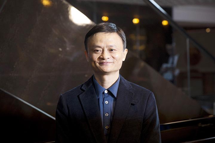 По информации The Wall Street Journal, компания Hurun Report оценивает состояние Джека Ма и его семьи в $25 млрд