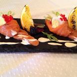 Ресторан Паровоз - фотография 6 - Слабосоленый лосось с сырным кремом