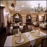 "Ресторан Брецель - фотография 3 - Ресторан ""Брецель"" - основной зал"