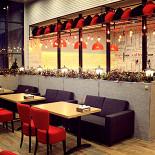 """Ресторан Клюква - фотография 2 - Главный зал ресторана """"Клюква""""."""