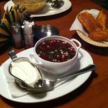 Ресторан Шмели - фотография 1 - Окрошка на квасе
