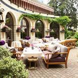Ресторан Фрателли - фотография 1 - Летняя веранда