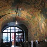 Ресторан Галерея художника - фотография 1 - Это зал в русском стиле