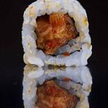 Ресторан Buba by Sumosan - фотография 6 - Острый ролл с кимчи