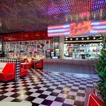 Ресторан New York Pizza - фотография 1 - Новый ресторан New York в ТРЦ Фантастика (Родионова, 187. 2-й этаж, слева от зоны фуд корта). Открыт с 23 сентября 2011 года