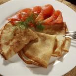 Ресторан Антисоветская - фотография 2 - Блины с семгой