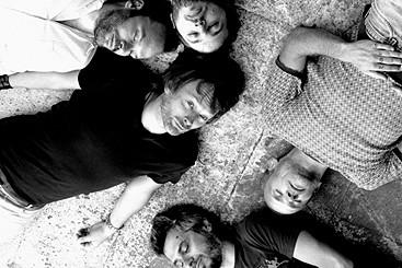 Новая группа Тома Йорка как рок поневоле