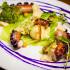 Ресторан Акапелла - фотография 10 - Осьминог на гриле с хумусом, картофельным пюре и савойской капустой
