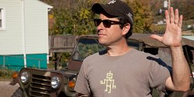 Джей Джей Абрамс снимет спин-офф «Сияния» и «Темную Лигу справедливости» для HBO Max
