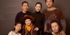 Создатели «Минари» ЛиАйзек Чун иСтивен Ен: «Наш фильм наподобие аутсайдера вГолливуде»