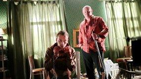 «Папа, сдохни»: кровь с молотком в новой дикой комедии от продюсеров «Страны ОЗ»