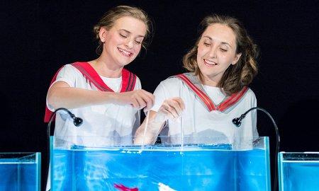 театральных премьер весны для детей и подростков