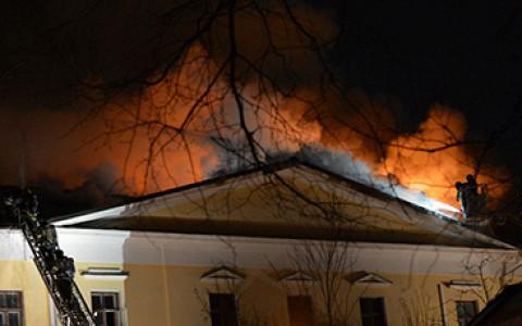 Как горят московские театры