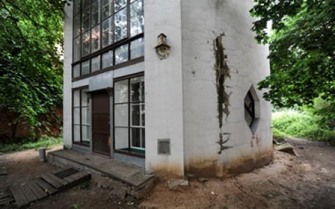 Что происходит с домом Мельникова и соседними историческими памятниками