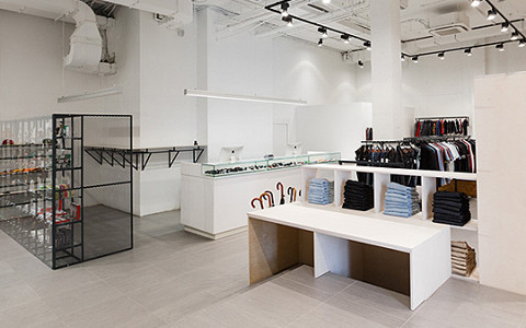 «Я не увлекаюсь модой»: владелец Brandshop о своем новом магазине