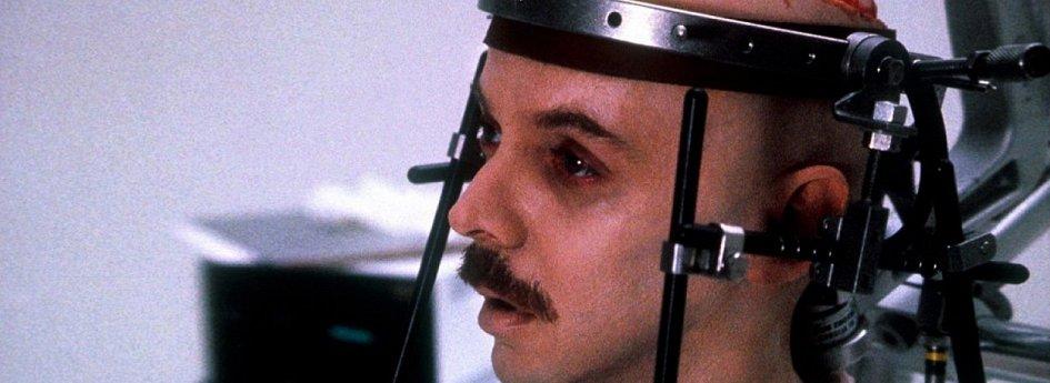 Кино: «Мертвый мозг»