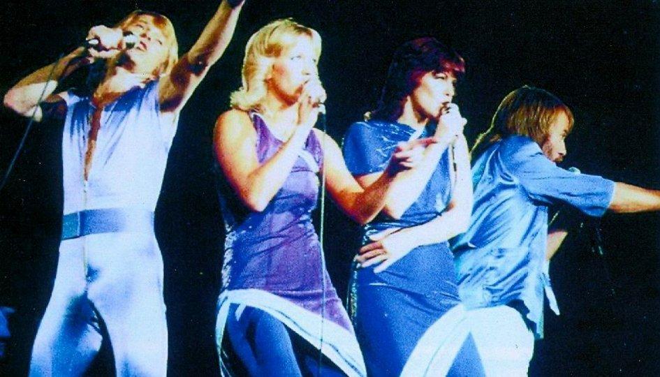 Кино: «ABBA на концерте»