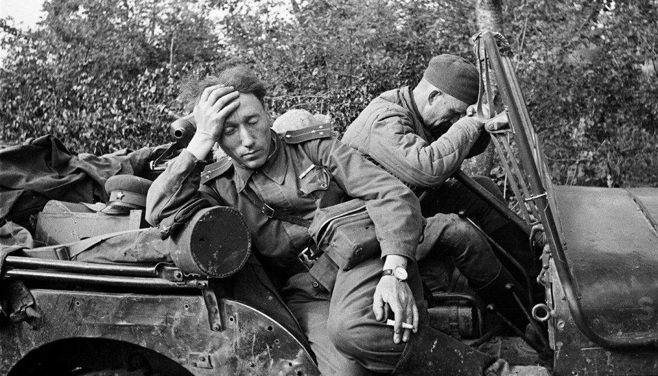 Выставки: Военным фотографам посвящается. Территория Победы