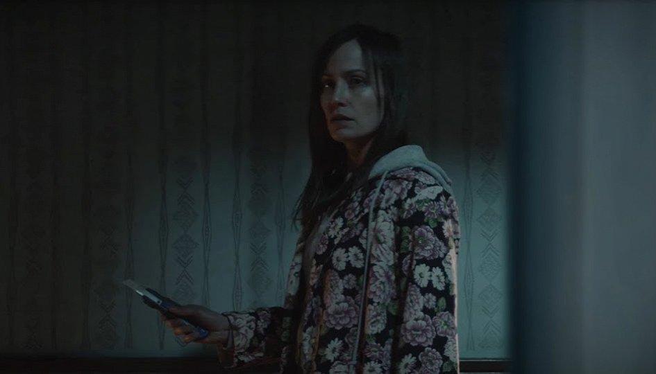 Кино: «Женщина в окне»