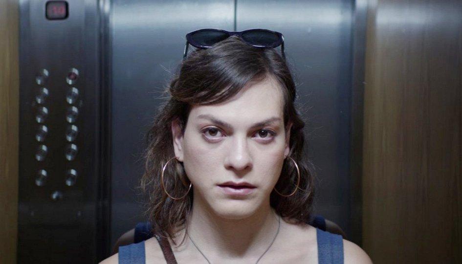 Первый фильм с участием трансексуалов