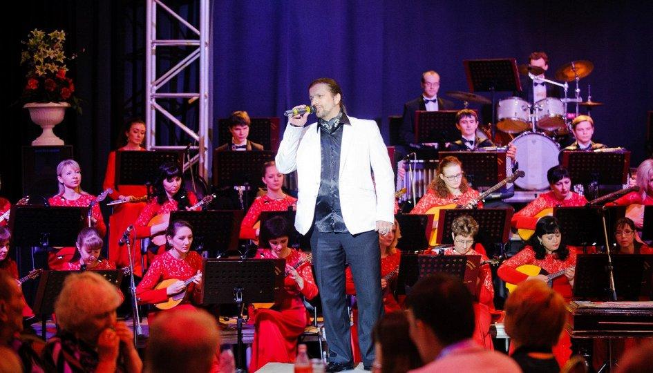 Концерты: «Серенада для оркестра»: Уральский молодежный симфонический оркестр