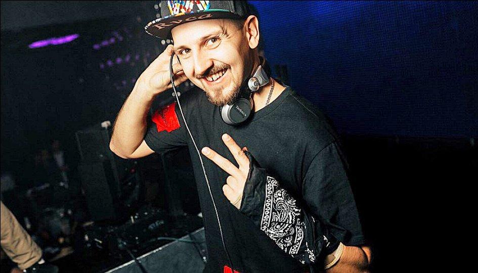 Концерты: «Light My Idol»: DJs Ozz, Igor Volt