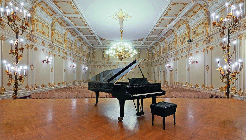 Концерты: XVI Международный фестиваль «Три века классического романса»