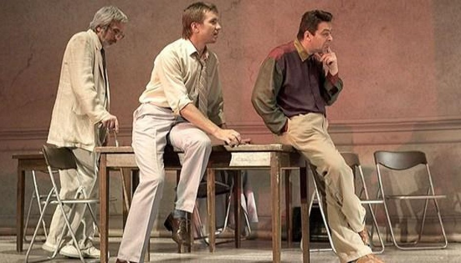 Театр: Двенадцать разгневанных мужчин, Москва