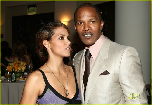 Halle berry dating jamie foxx