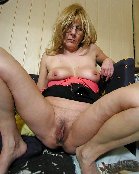 Cute amateur mature tube