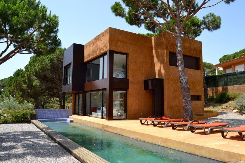 Недвижимость в испании бегур