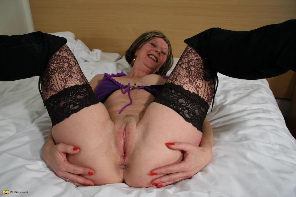 Brunette amatuer couple lingerie tube