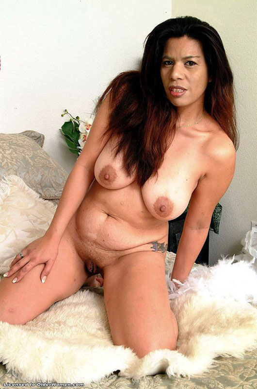 Free hairy fat pussy movies