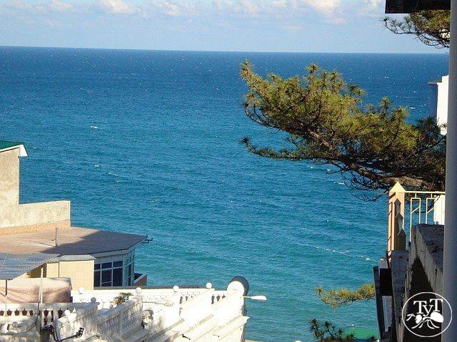 Дом на берегу моря в остров Пигадия