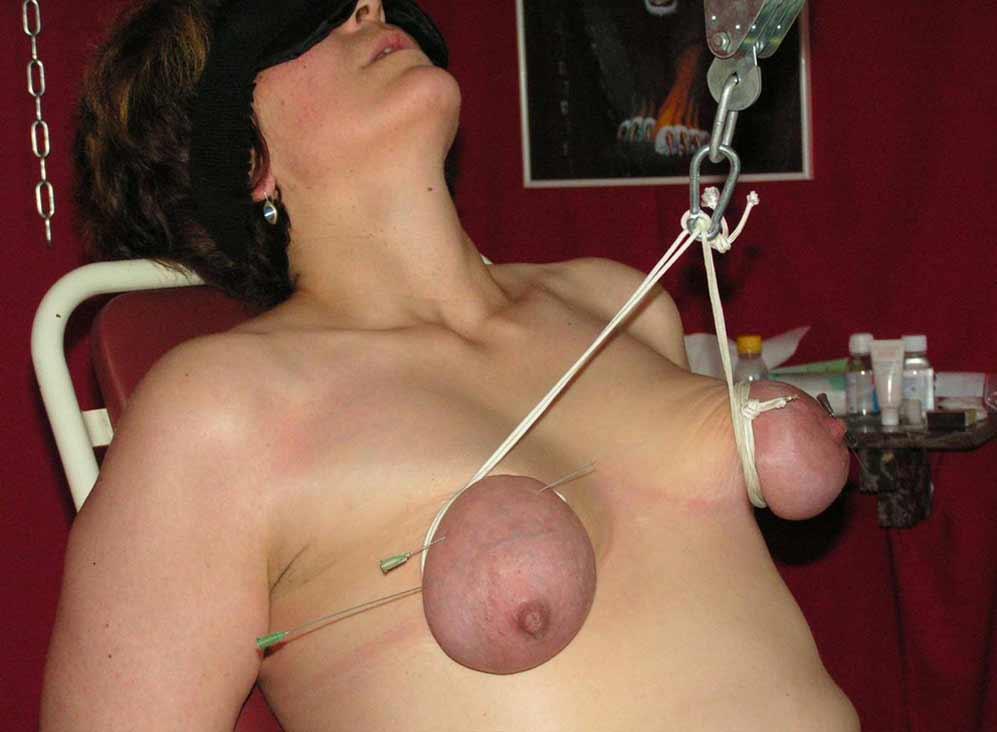 Wife in lingerie facesitting