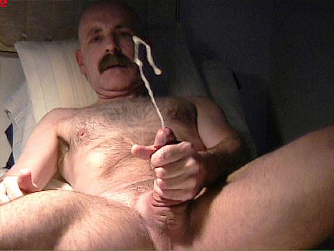 Men cumming mature
