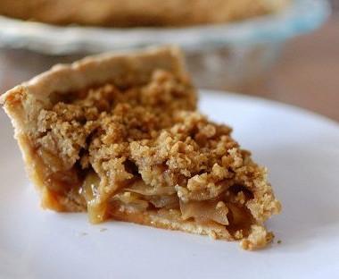 Рецепт Американский яблочный пирог сореховым топпингом