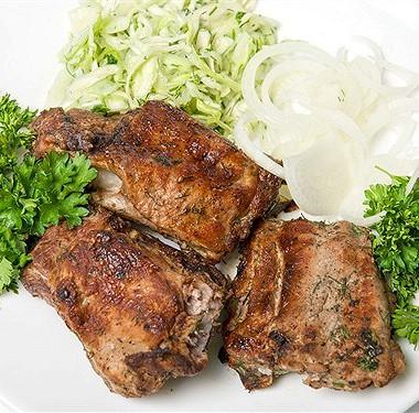 Рецепт Жареная баранина стимьяном исавойской капустой