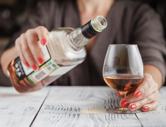 Как вывести алкоголь из длительного запоя