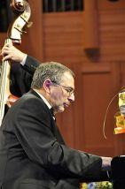 «Fine Plays Peterson»: Григорий Файн