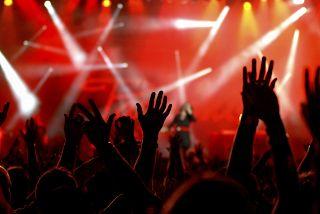 En Moscú, En Español: Comedia Stand Up, Open Mic Semanal
